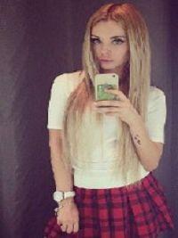 Dziewczyna Carmela Lewin Brzeski